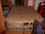 Продавам надуваема спалня Intex