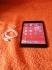 Продавам Apple iPad mini 16GB WI – FI със цепнат дигитайзер но работи нормално