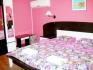 Стаи и Апартаменти за нощувки-всяка с баня/WC,климатик, Wi-Fi,хладилник,тераса
