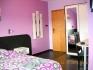 НА МОРЕ В КЪЩА ЗА НОЩУВКИ-стаи/апартаменти всяка с баня/WC, климатик,Wi-Fi,хладилник,тераса, лятна градина с...
