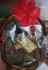 Подаръчна кошница с мезета и вино
